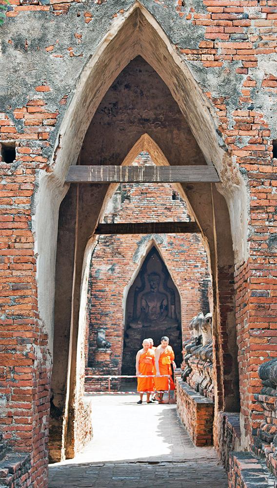 Monjes en Ayutthaya
