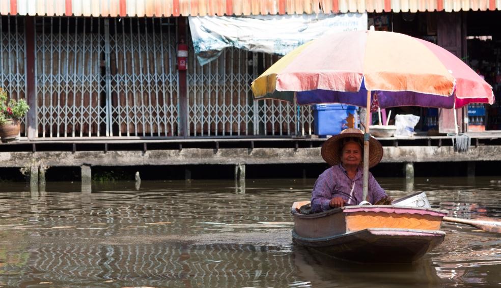 Paseo por el Khlong Lat Mayom