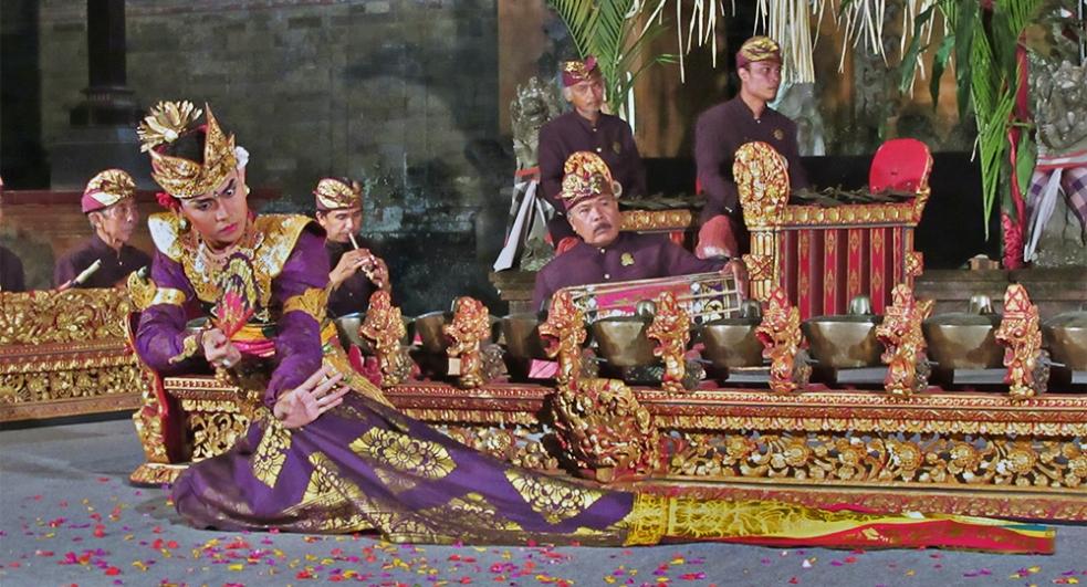 Danza Legong en Bali