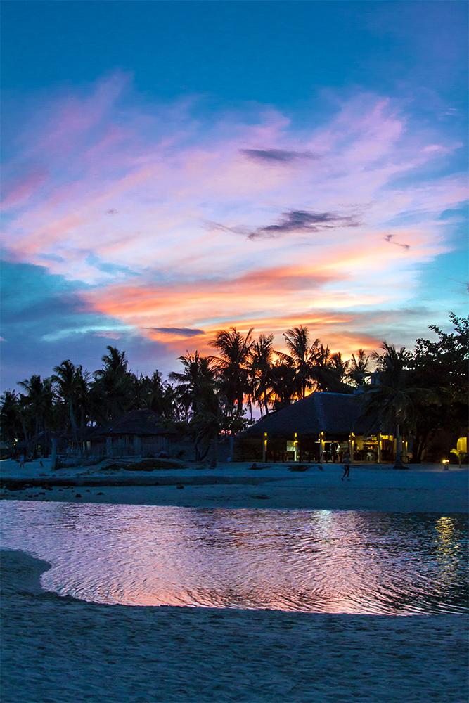 Atardecer en la playa. Bantayan, Filipinas